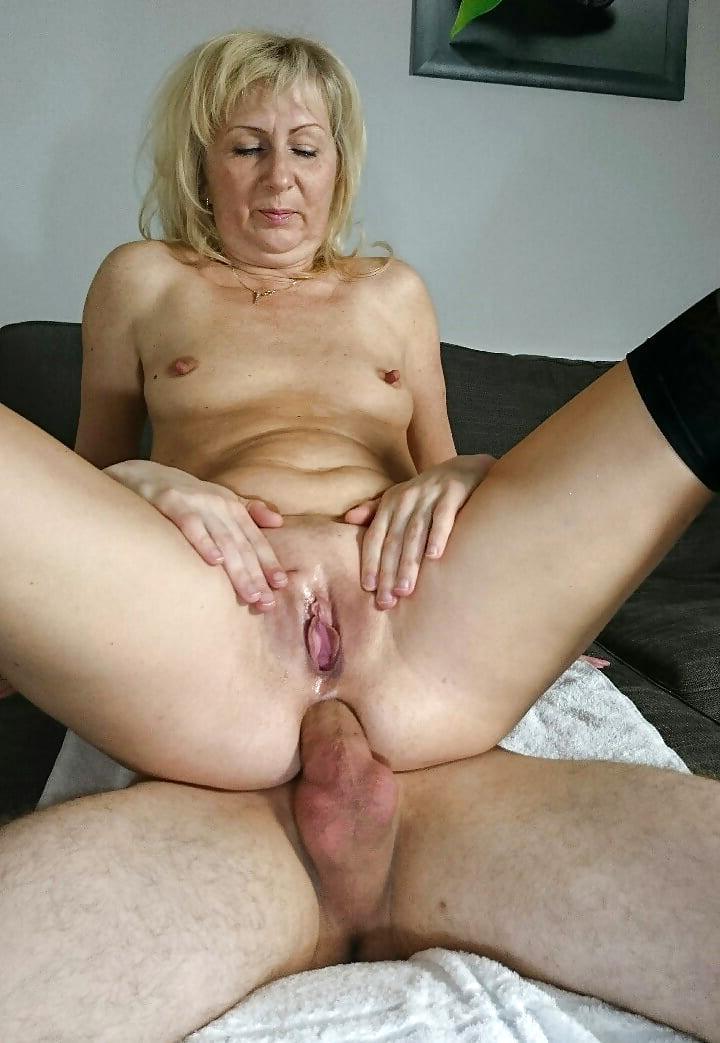 liliana mercenario pomeroy vulva cosida