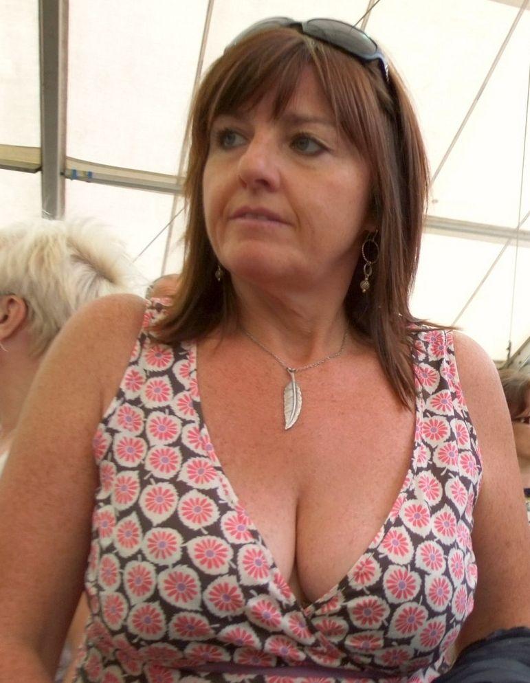 big sexy girls boobs