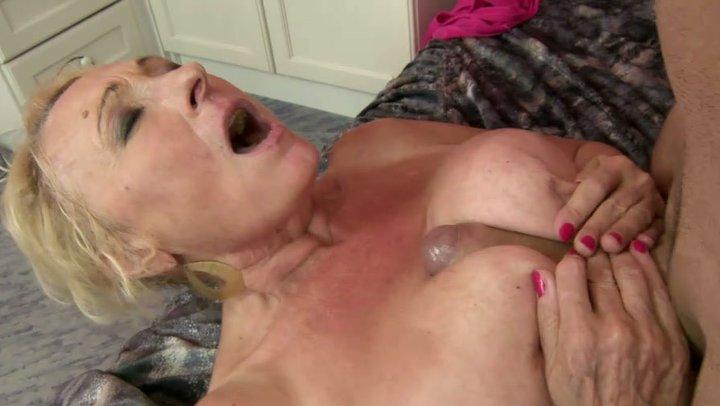 purdue breast cancer wear